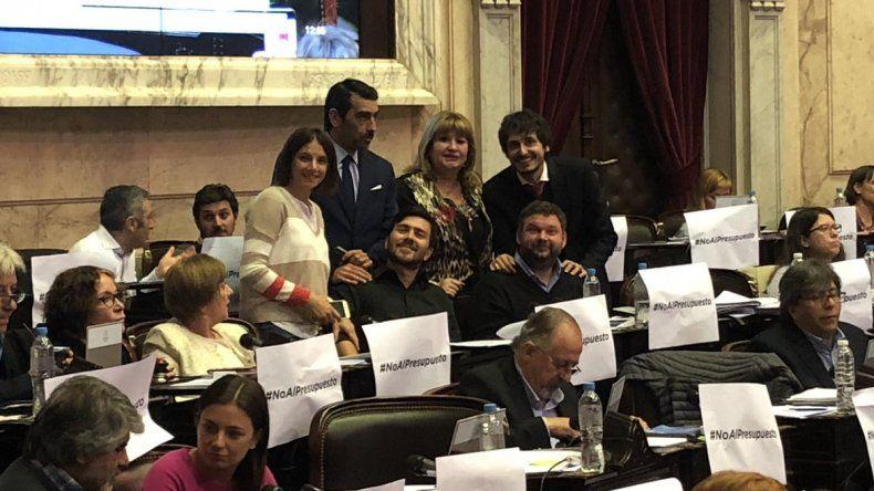 Los chubutenses Rosa Muñoz y Gustavo Menna votaron a favor del Presupuesto