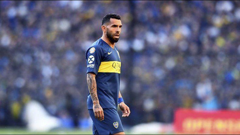Carlos Tevez será esta tarde titular cuando Boca visite en La Plata a Gimnasia.