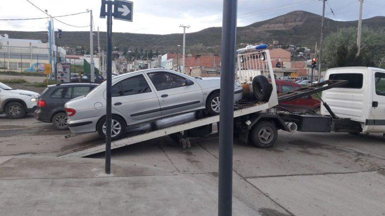 Clausuraron agencias de autos e incautaron un Megane con pedido de secuestro