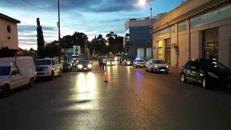 Una inspectora de tránsito fue agredida en un control