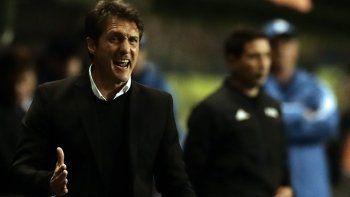 Guillermo Barros Schelotto fue suspendido y no podrá dirigir ante el Palmeiras