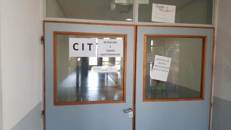 Operarios del CIT comenzaron con medidas de fuerza