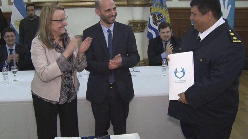 La gobernadora Alicia Kirchner y el ministro de Gobierno