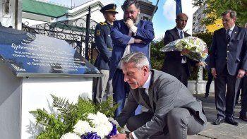 Temprano en Rawson, Arcioni rindió tributo a Mario Das Neves. También estuvo el hijo del tres veces gobernador de Chubut.