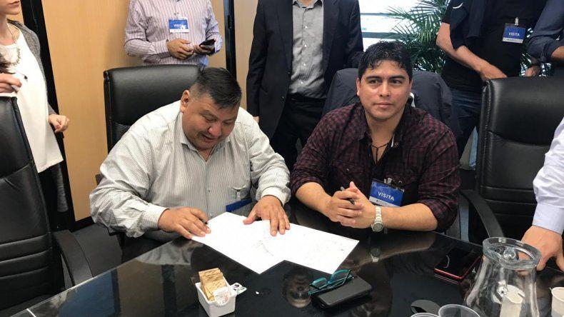 Petroleros firmó acuerdo paritario: en febrero se vuelven a revisar los salarios, advirtió Avila