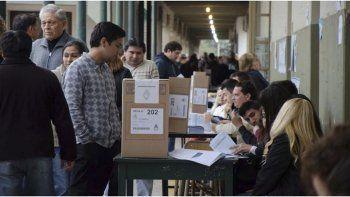 El Gobierno de Chubut busca desdoblar las elecciones provinciales de las nacionales.