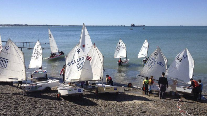 En la costanera local se realizará mañana una regata en conmemoración de los festejos de la Administración Portuaria.
