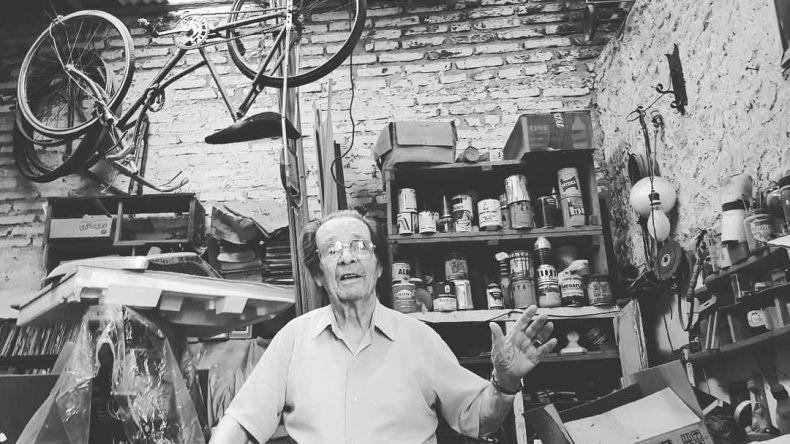 Un socio fundador del Aeroclub cumple 101 años