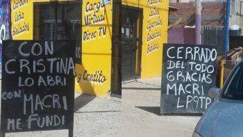 Cerró su negocio y lo anunció en la pizarra: gracias Macri