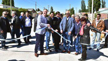 Ayer, el gobernador tuvo actividad oficial en Sarmiento.