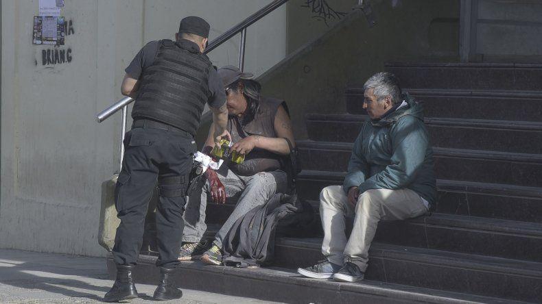 Gamín caminó hasta el edificio del Banco Nación