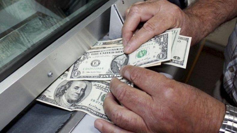 El peso argentino volvió a apreciarse ayer frente al dólar estadounidense.
