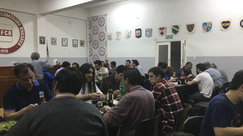 Los periodistas festejaron su día con una cena que se celebró en la Liga de Fútbol.