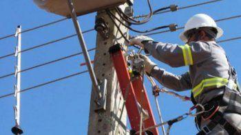 hoy cortaran la electricidad  en quince barrios de comodoro