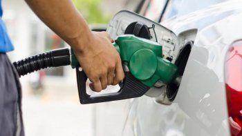 una petrolera decidio bajar el precio de sus combustibles
