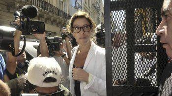 Laura Alonso investiga solo a integrantes del anterior gobierno. Con los actuales se hace la distraída.