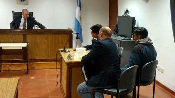 absolvieron a los dos imputados llevados  a juicio por hurto