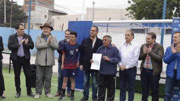 El club USMA fue beneficiado con 300 mil pesos, aporte que le fue entregado a su presidente Luis Ziadeh.