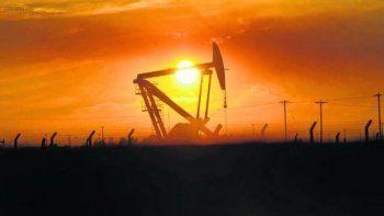rio negro pagara aguinaldo con fondos petroleros