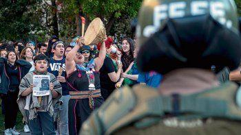 Cayó el intendente de la Araucanía por el crimen del mapuche