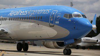 Aerolíneas reprogramó 371 vuelos y los gremios piden conciliación