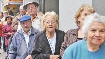 Exigen un bono de $14.000 para jubilados y pensionados