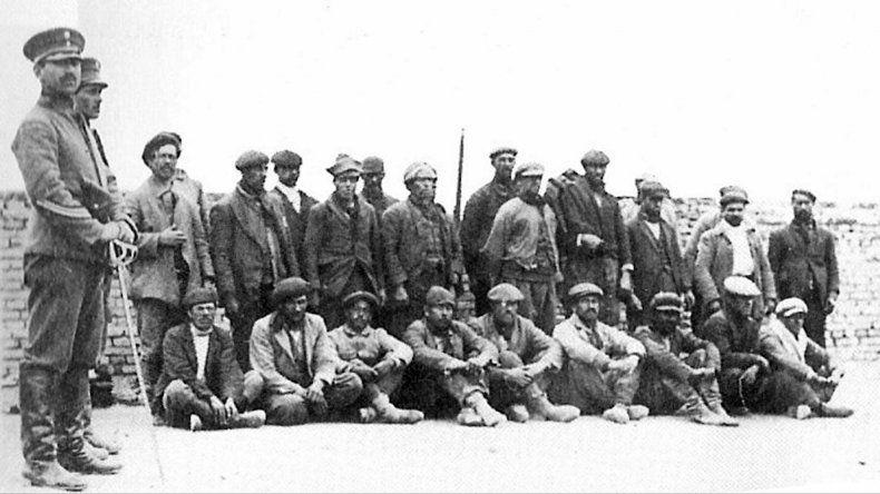 Recuerdan a los fusilados de la Patagonia Rebelde en la estación Congreso de la Línea A