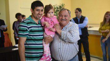 El municipio entregó 40 resoluciones de tierras a vecinos de Fracción XIV