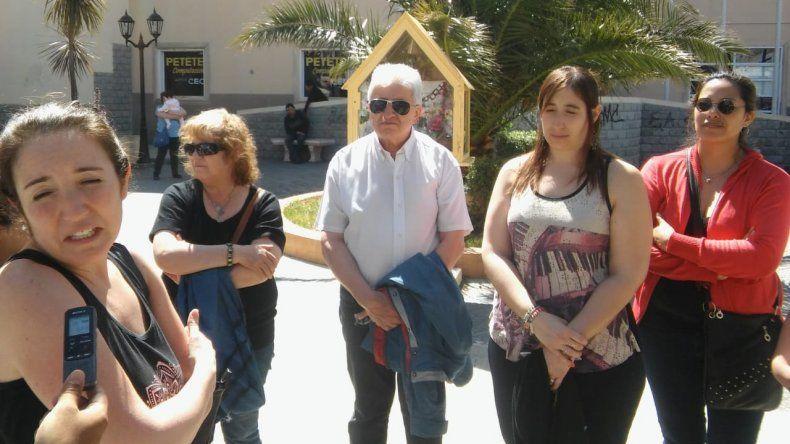 Madres separadas de sus hijos se manifestaron en el Juzgado de Familia N° 2
