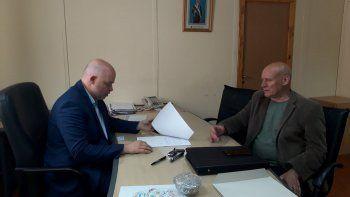 Pizzi y el intendente de Epuyén acordaron fortalecer acciones de prevención