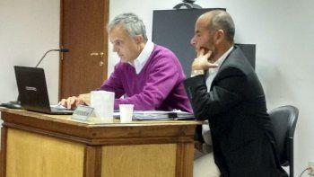 Carlos Cerbino junto a su abogado defensor Guillermo Iglesias.