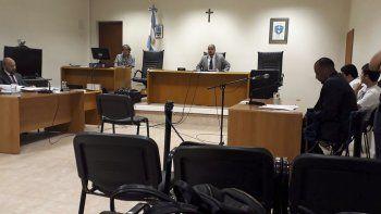 Alberto Núñez y Claudio Hernández continuarán presos hasta la realización del debate. La causa por el homicidio de Gustavo Fozziano fue elevada a juicio ayer durante la audiencia preliminar.