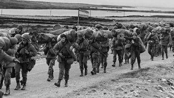 indagaran a 18 militares por torturas en malvinas