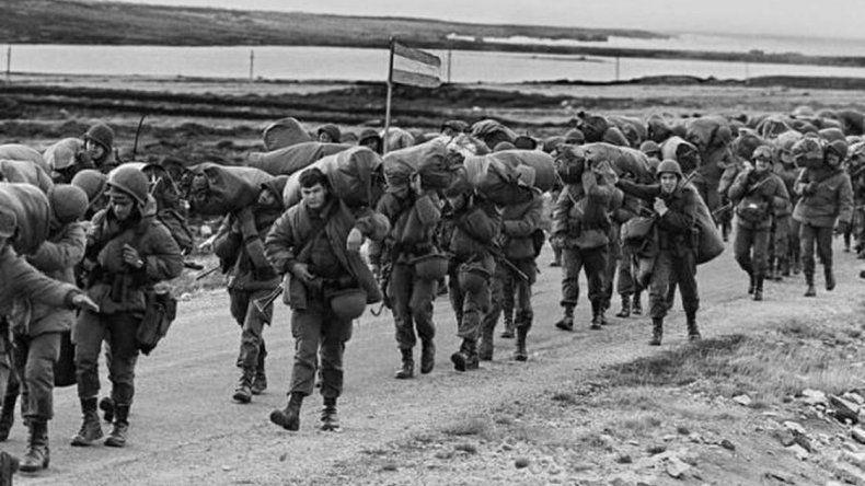 Indagarán a 18 militares por torturas en Malvinas