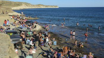 Comodoro tiene solo dos playas aptas para bañarse