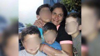 asesino de seis punaladas a su expareja delante de sus hijos