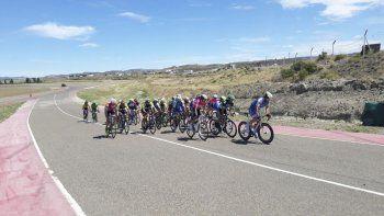 El autódromo local fue escenario del cierre del ciclismo regional.