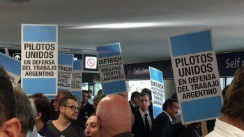 el gobierno dicto la conciliacion obligatoria en el conflicto de los pilotos