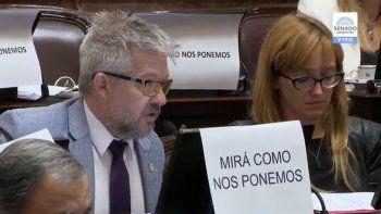 la denuncia contra darthes se metio en la sesion del senado