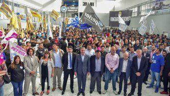 Los gremios petroleros festejaron el 13 de Diciembre en la sede del Sindicato Petrolero Privado con la presencia del gobernador Arcioni.