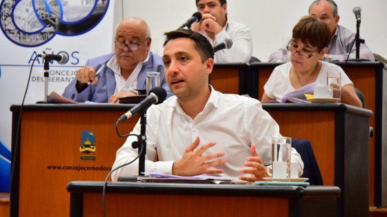 Nicolás Caridi al defender la posición del bloque del PJ.