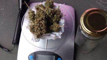 viajaba a comodoro rivadavia con marihuana adentro de un termo