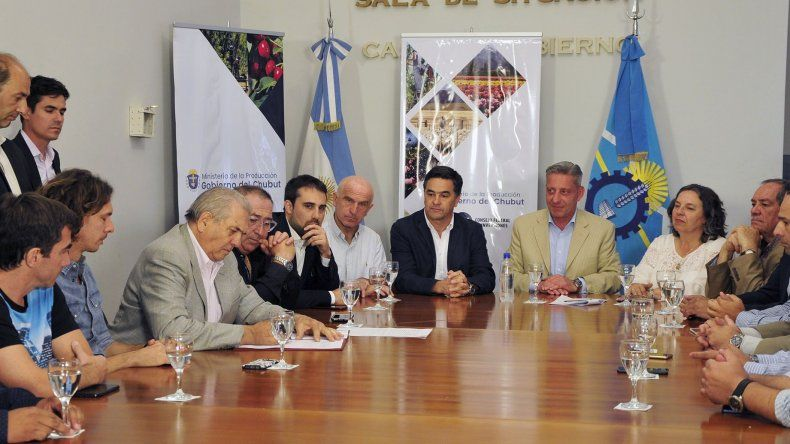 Varias firmas de Comodoro están incluidas en el acuerdo de precios.