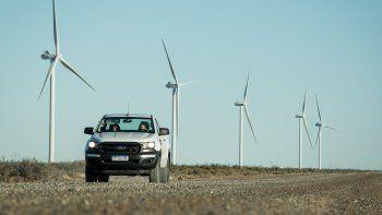 El parque eólico Garayalde de PAE comenzó a funcionar ayer a unos 200 kilómetros de Comodoro Rivadavia.