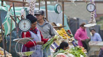 Hay 490 saladitas en el país y 124.912 vendedores informales