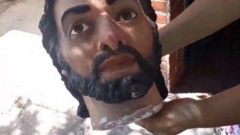 Robaron a José de un pesebre y se lo llevaron de fiesta