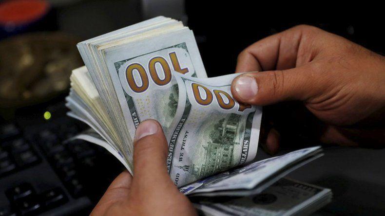 El dólar inició la semana con una tendencia al alza.
