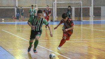 Esta noche continuará la definición del torneo Clausura de la Asociación Promocional en el gimnasio municipal 2 del barrio Pueyrredón.