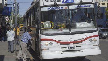 Provincias y municipios deberán fijar en 2019  las tarifas del transporte  y afrontar la totalidad  de los subsidios