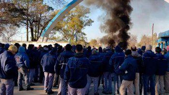 El gobierno despidió a 49 empleados de Fabricaciones Militares